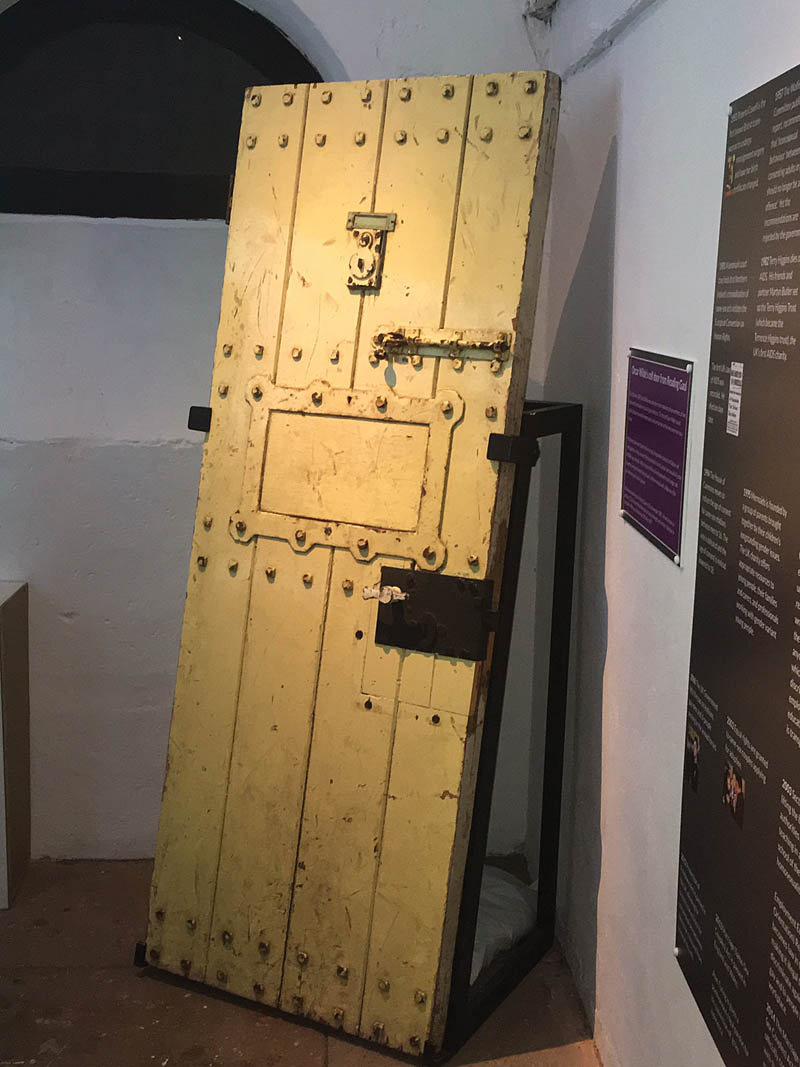 Oscar Wildes prison cell door