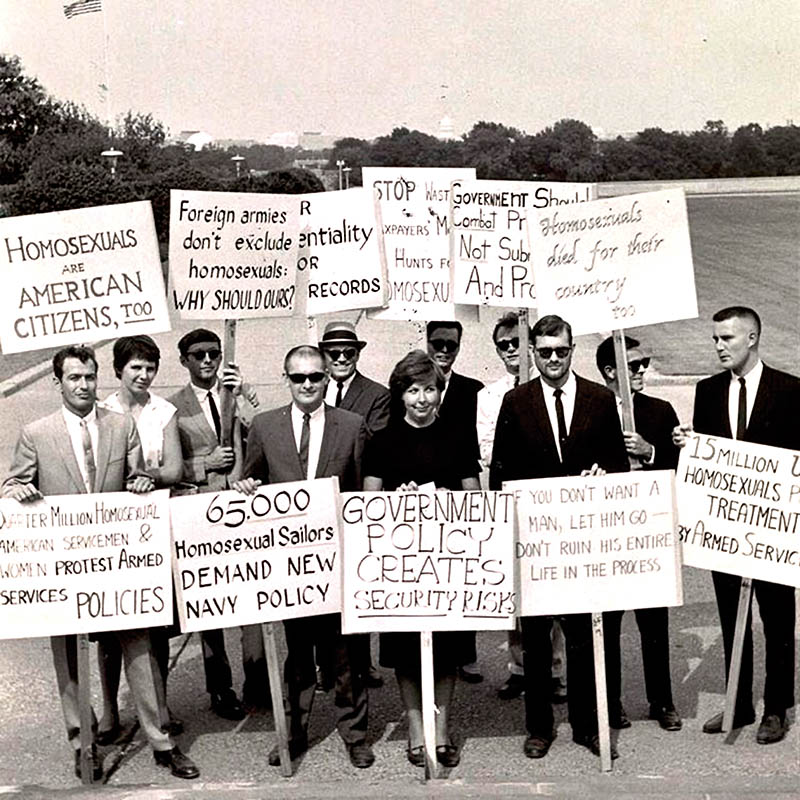 demonstrating against public repression of homosexuality in front of the White House, 1965