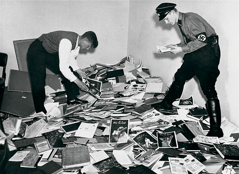 German students and Nazi SA plunder the library of Magnus Hirschfeld